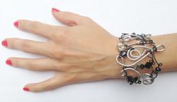 2013-07 LTB Rock It (Bracelet on hand)