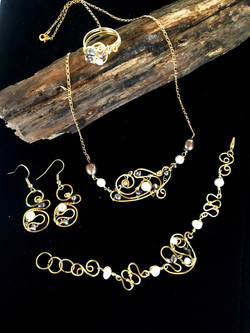 Dainty Deva Set - Pearls and crystals - Silver Plated Gold Color