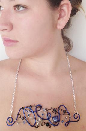2013-07 LTB Night sky (Flat necklace on model)