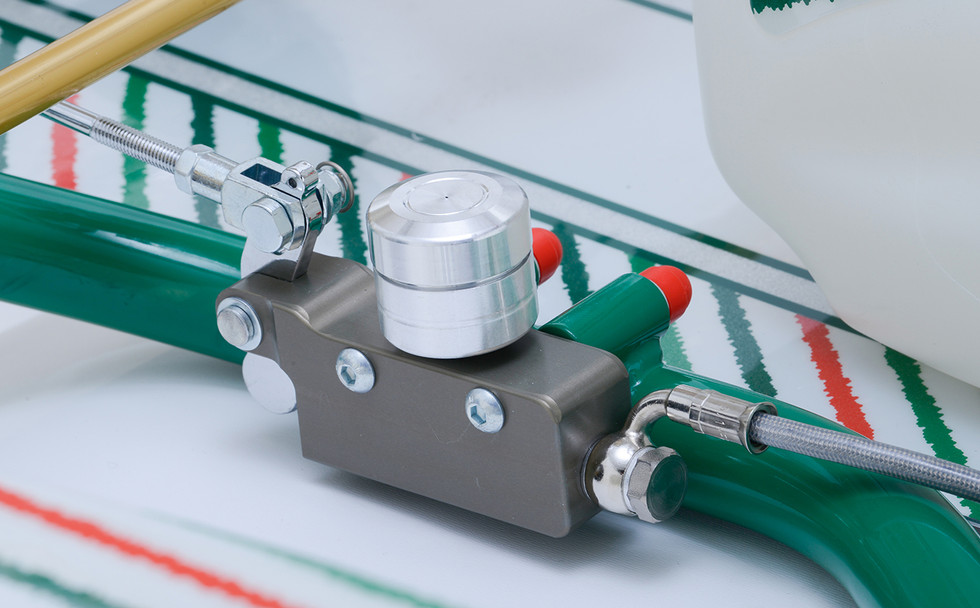 BSM5 master cylinder.jpg