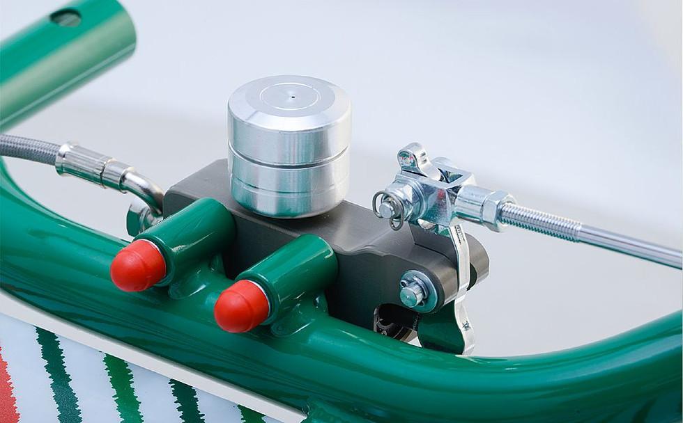 BSM4 self adjusting master cylinder