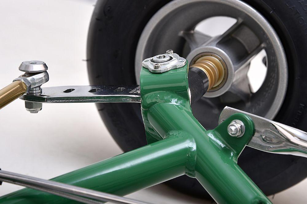 Alloy bearing front wheels.jpg