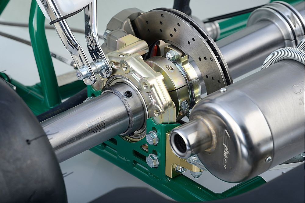Rear bearing mount