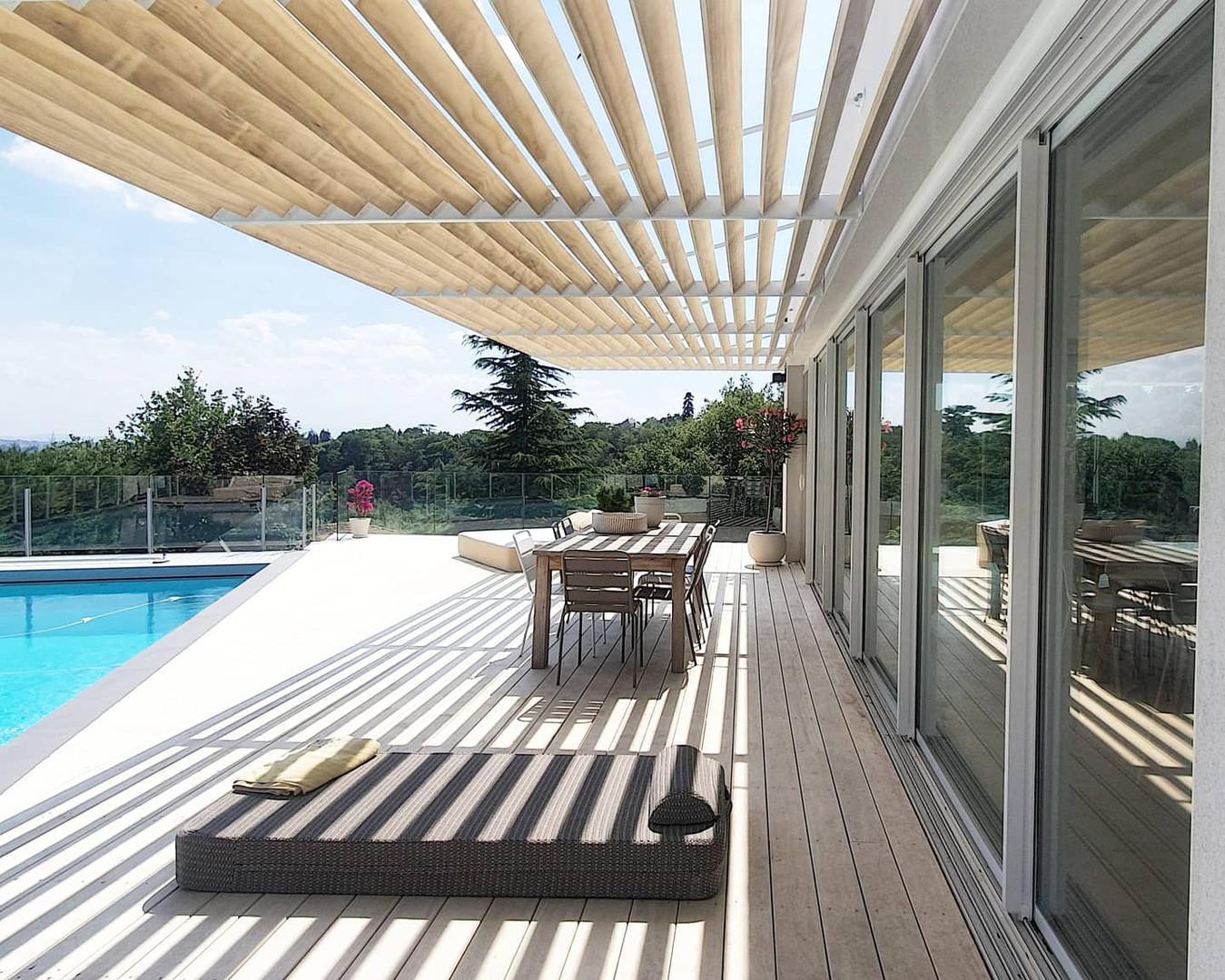 Terrasse bois et pergola