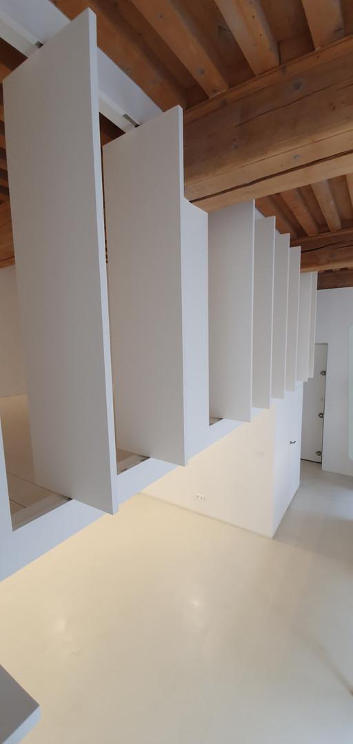 Lyon 1 Appartement blanc et bois