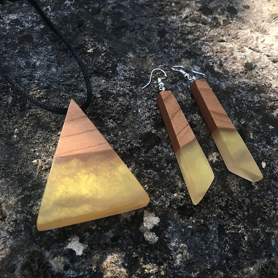 Gold Pyramid Pendant + Earring GiftBox