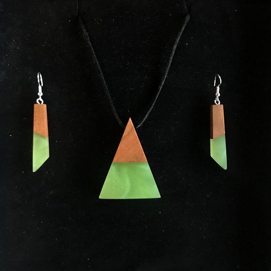 Green Earring / Pyramid Pendant Giftset!