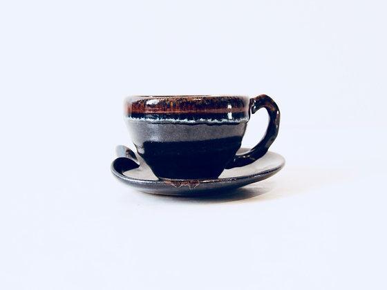 Vintage Coffee Cup & Saucer - Tasse à café & soucoupe