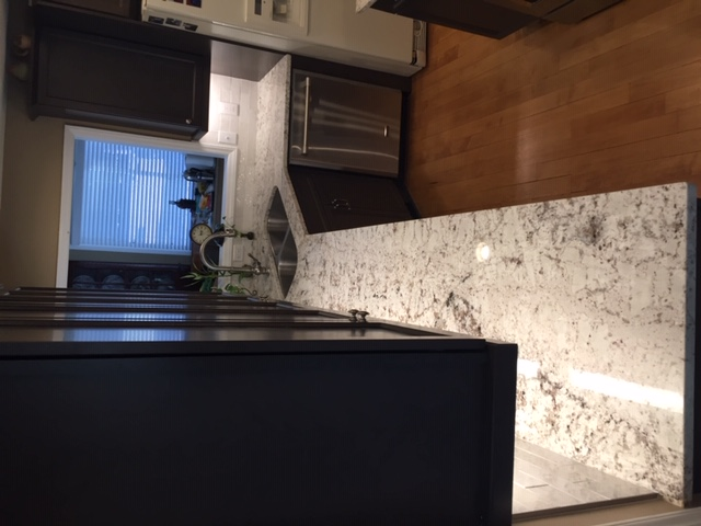 Kitchen cabinet and granite