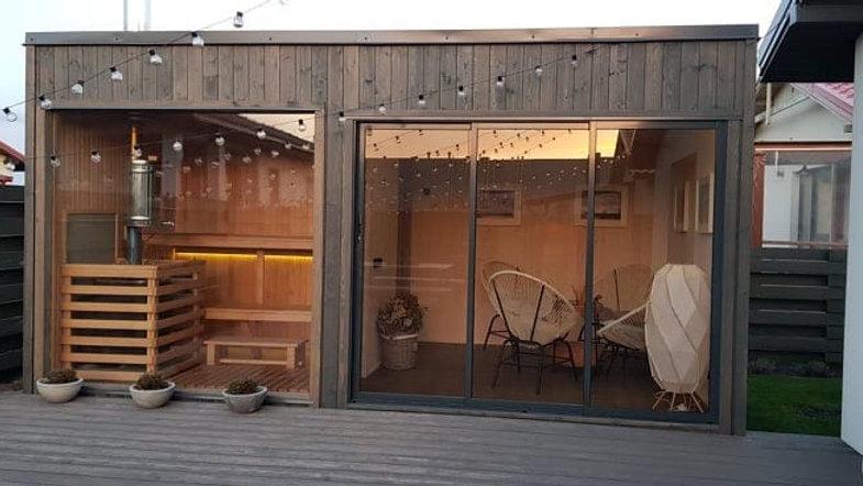 Design Außensauna mit Glasfront & Elektro Ofen