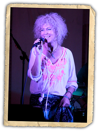 Jennie DeVoe performs at The Rathskeller Indianapolis