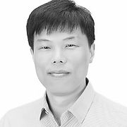 Jinwook Kim