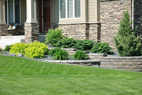 Done+Right+Retaining+Wall-1920w.jpg