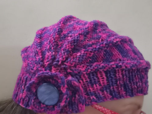Side to side knitted hat