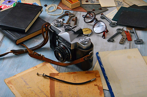 antique-books-camera-1416860.jpg