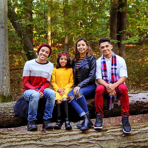 Montanez Fall Family Photos