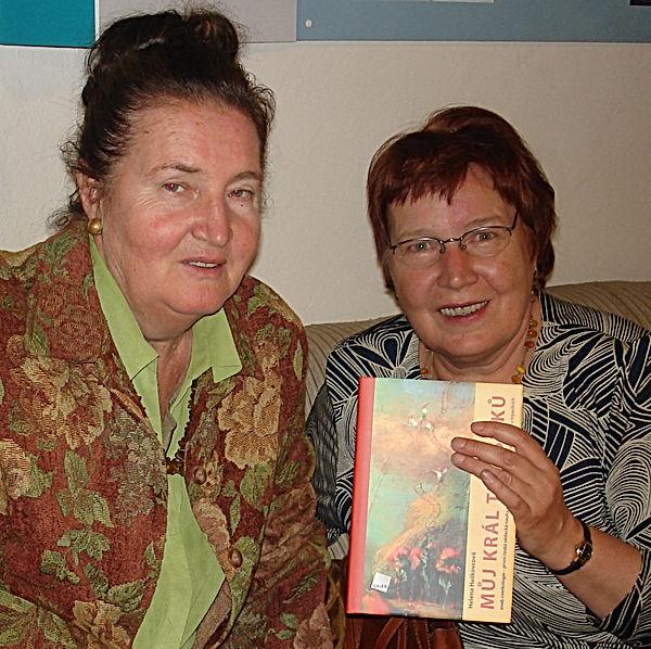 Jindra Ticha a Helena Haskovcova.jpg