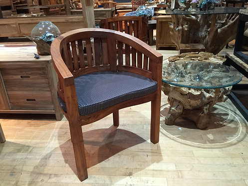 CG001, Peanut Chair Teak Wood Grade A