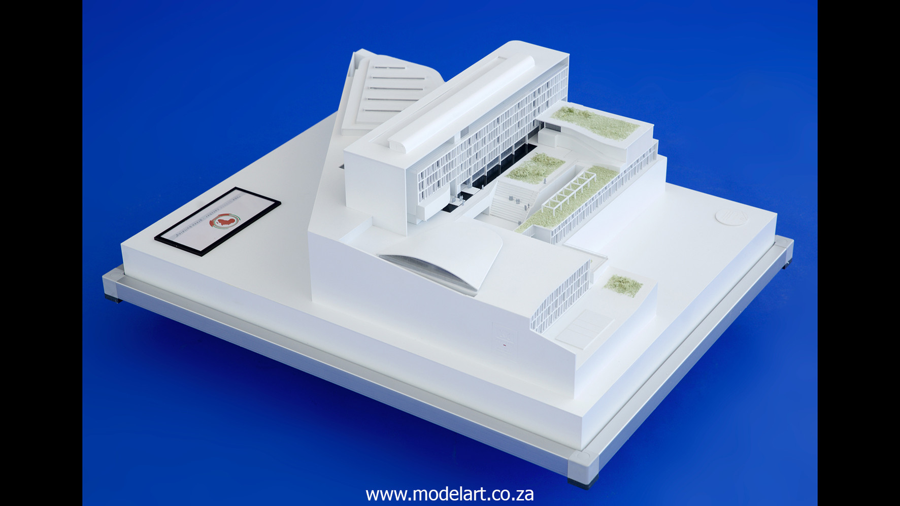 Architectural-Scale-Model-Conceptual-AU Building-1
