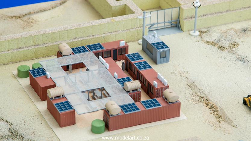 Desert Oil Rig 5.jpg