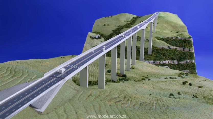 Architectural-Scale-Model-Engineering-Mtentu Bridge-6