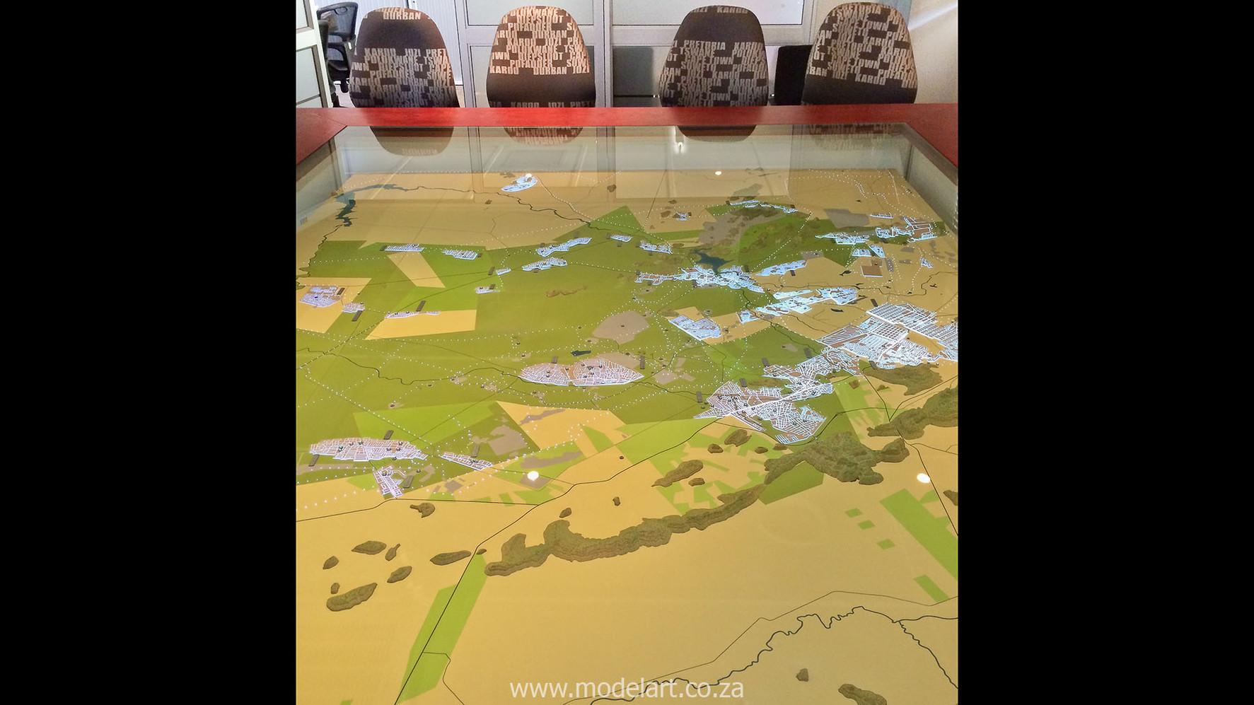 Royal Bafokeng Table Top-3.jpg