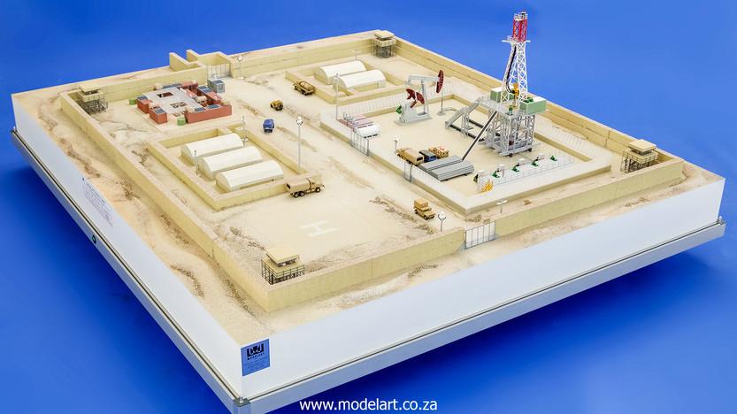 Desert Oil Rig 1.jpg