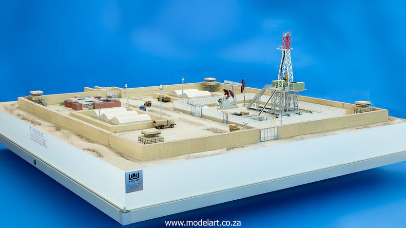 Desert Oil Rig 2.jpg