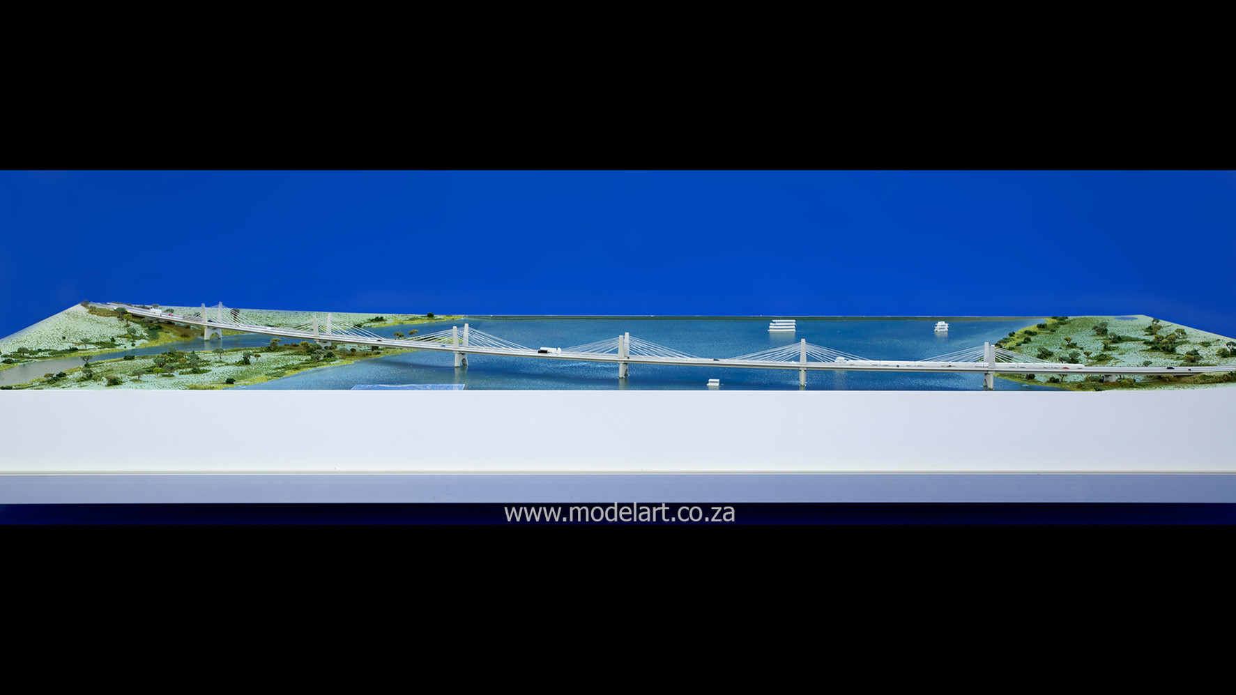 Architectural-Scale-Model-Engineering-Kazangula Bridge-3