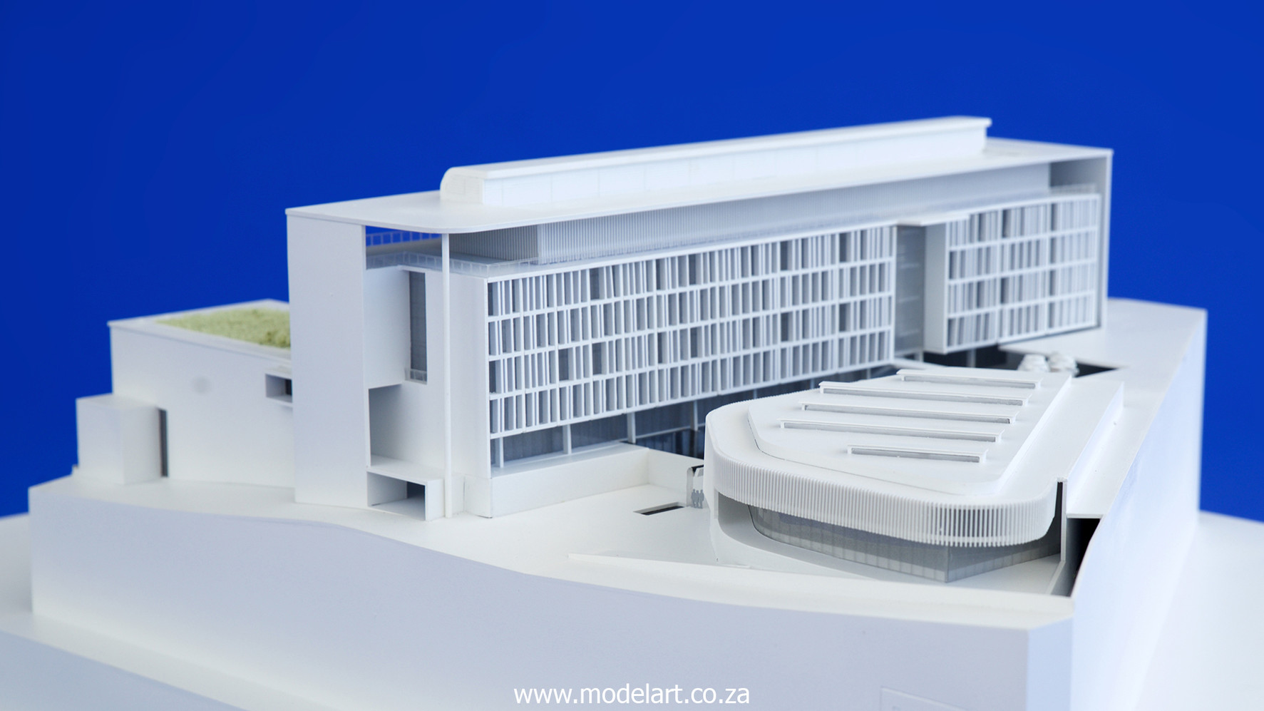 Architectural-Scale-Model-Conceptual-AU Building-4