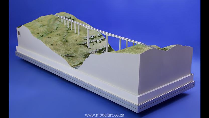 Architectural-Scale-Model-Engineering-Mtentu Bridge-4