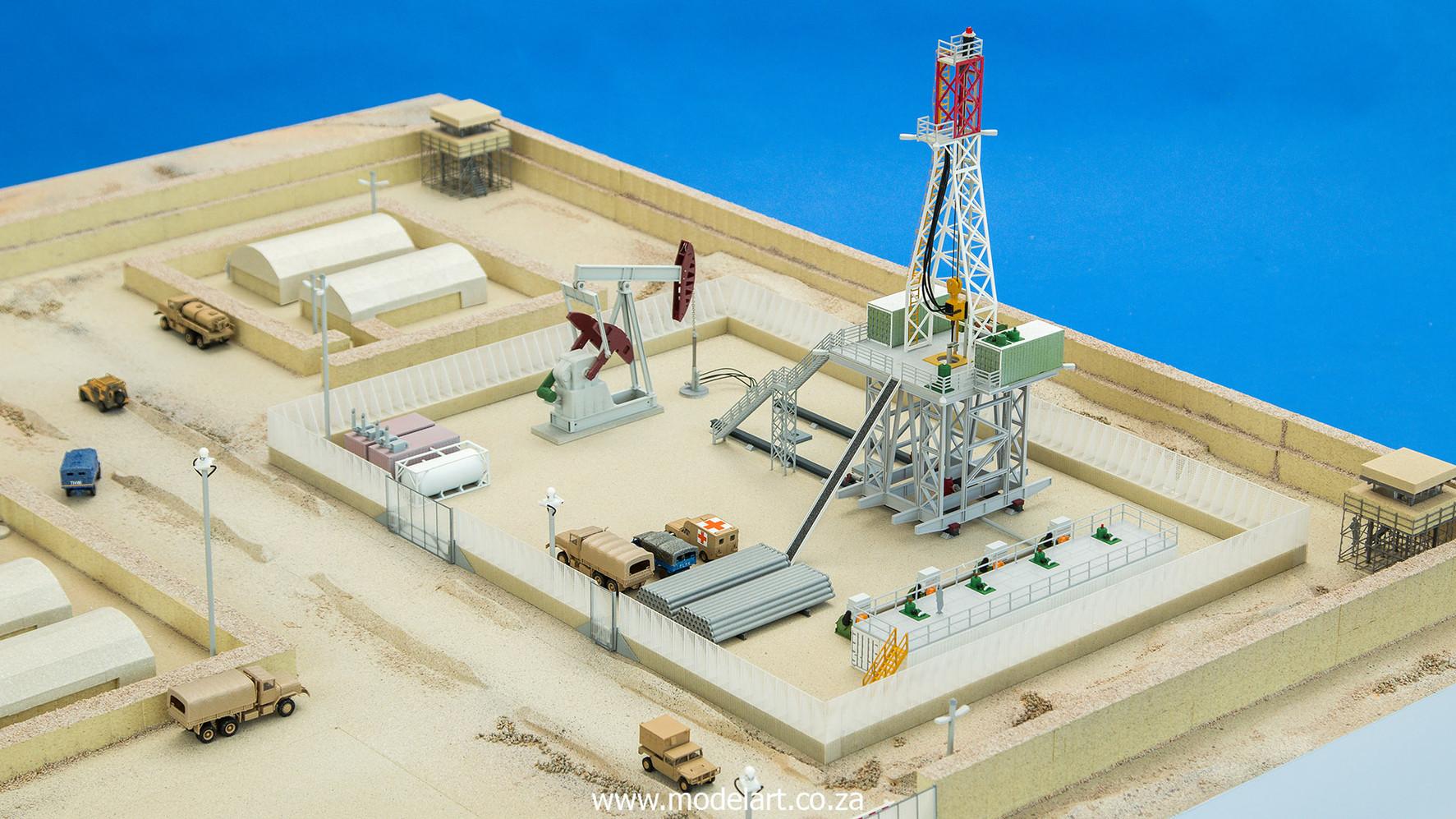 Desert Oil Rig 6.jpg