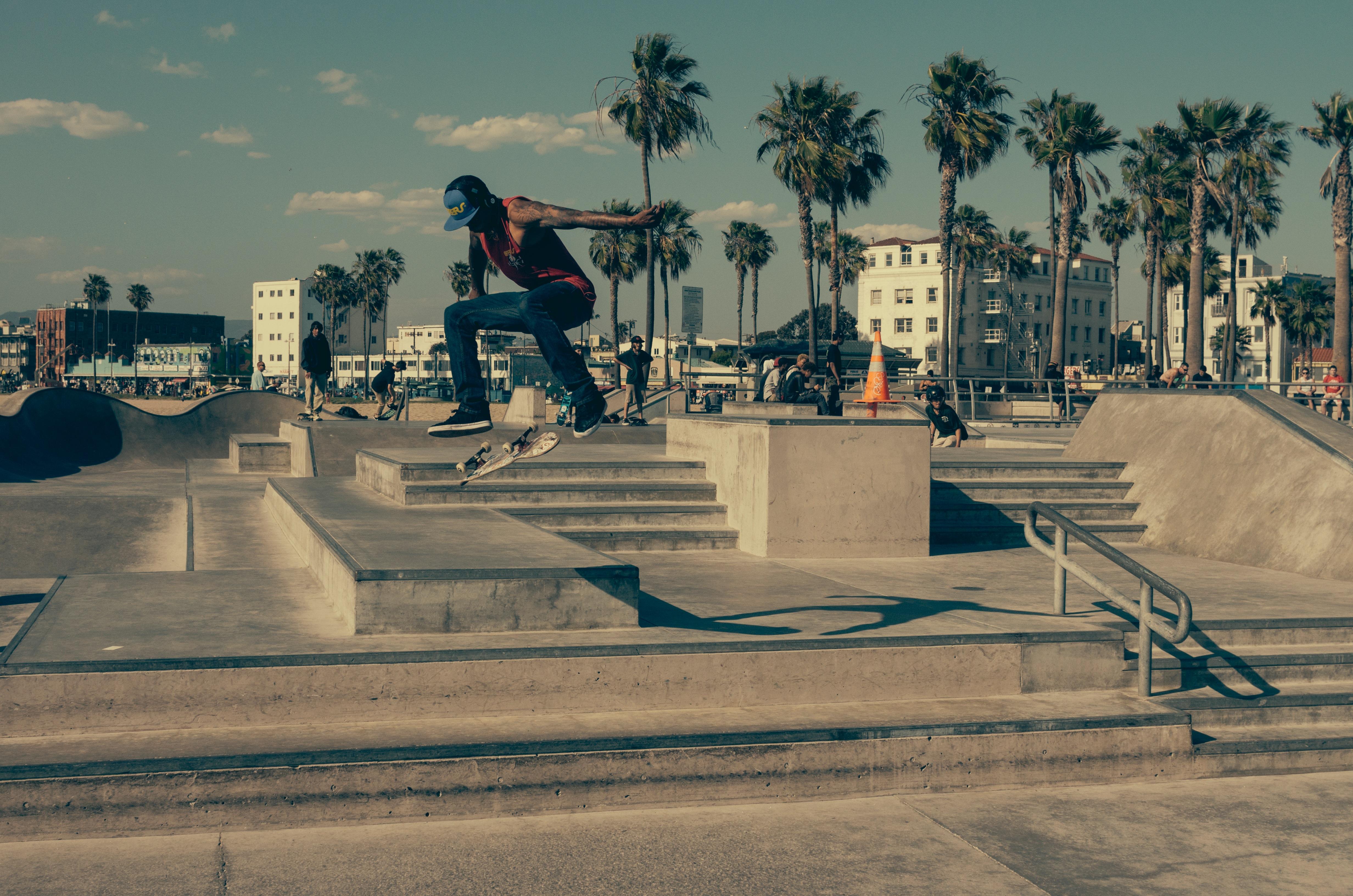 市のスケートボーダー