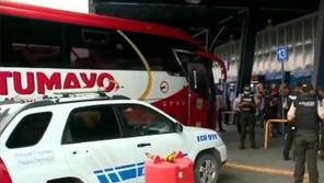 Murió a bordo de un bus que salió de El coca