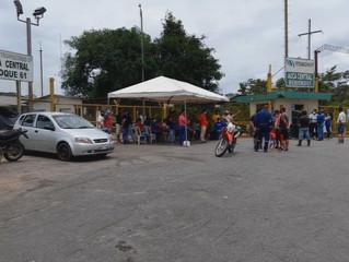 Se declararon en huelga en el bloque 61, exigen el pago de sus sueldos