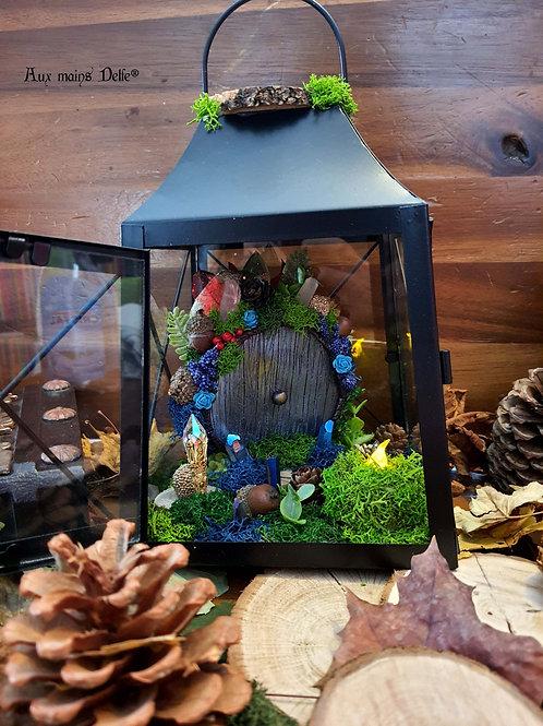 "Lanterne ""voyage en terre imaginaire"" (Bleu) (cristaux Swarovski®)"