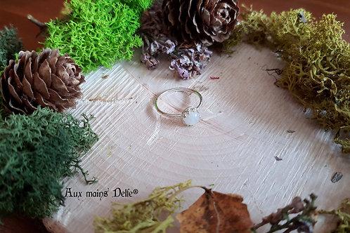 """Ellïa"" (pierre de lune arc en ciel)- Taille 54"