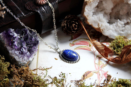 """Collier """"Médaillon de Morwën"""" (Lapis-lazuli) Acier"""