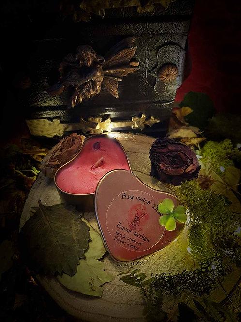 """Bougie """"Amour féerique"""" pomme-d'amour"""
