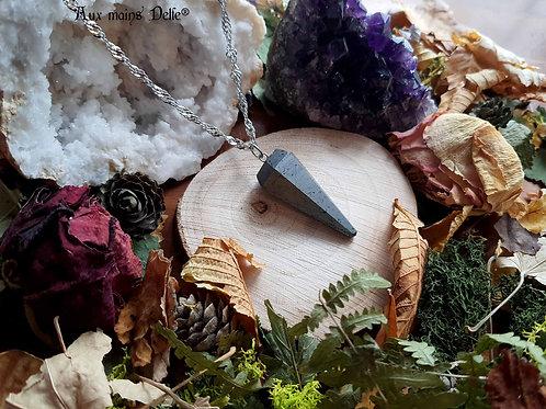 """""""Grande Dame"""" (collier pendule)  (Hématite)"""