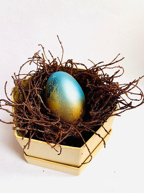 Hand Painted Choclate Egg Bumble & Oak