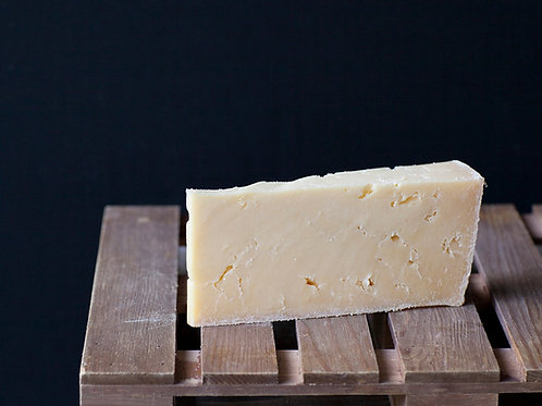 CHEESE Isle of Mull Cheddar 200g