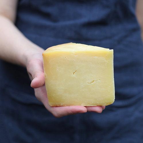 CHEESE Hafod Organic Cheddar 200g