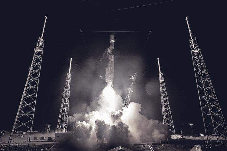"""הלילה: החללית """"בראשית"""" תנסה לנחות על פני הירח החללית הישראלית תנסה לצלוח את האתגר של תמרון הנחיתה, ו"""