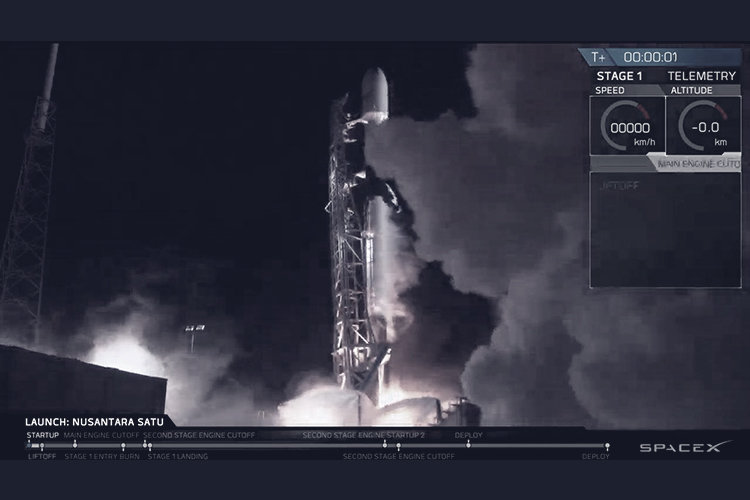 History-making Israeli spaceship just hitched a ride to the moon on SpaceX