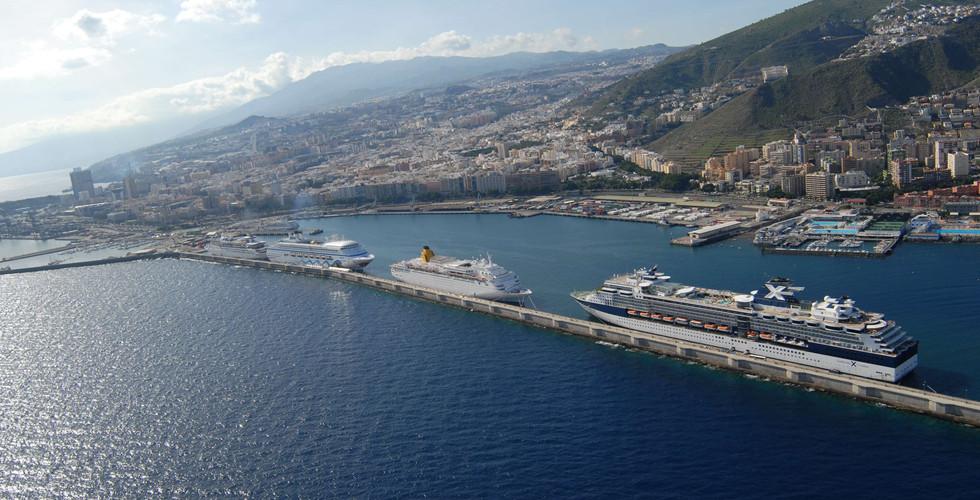 0Cruceros en Muelle Santa Cruz 021206 (5