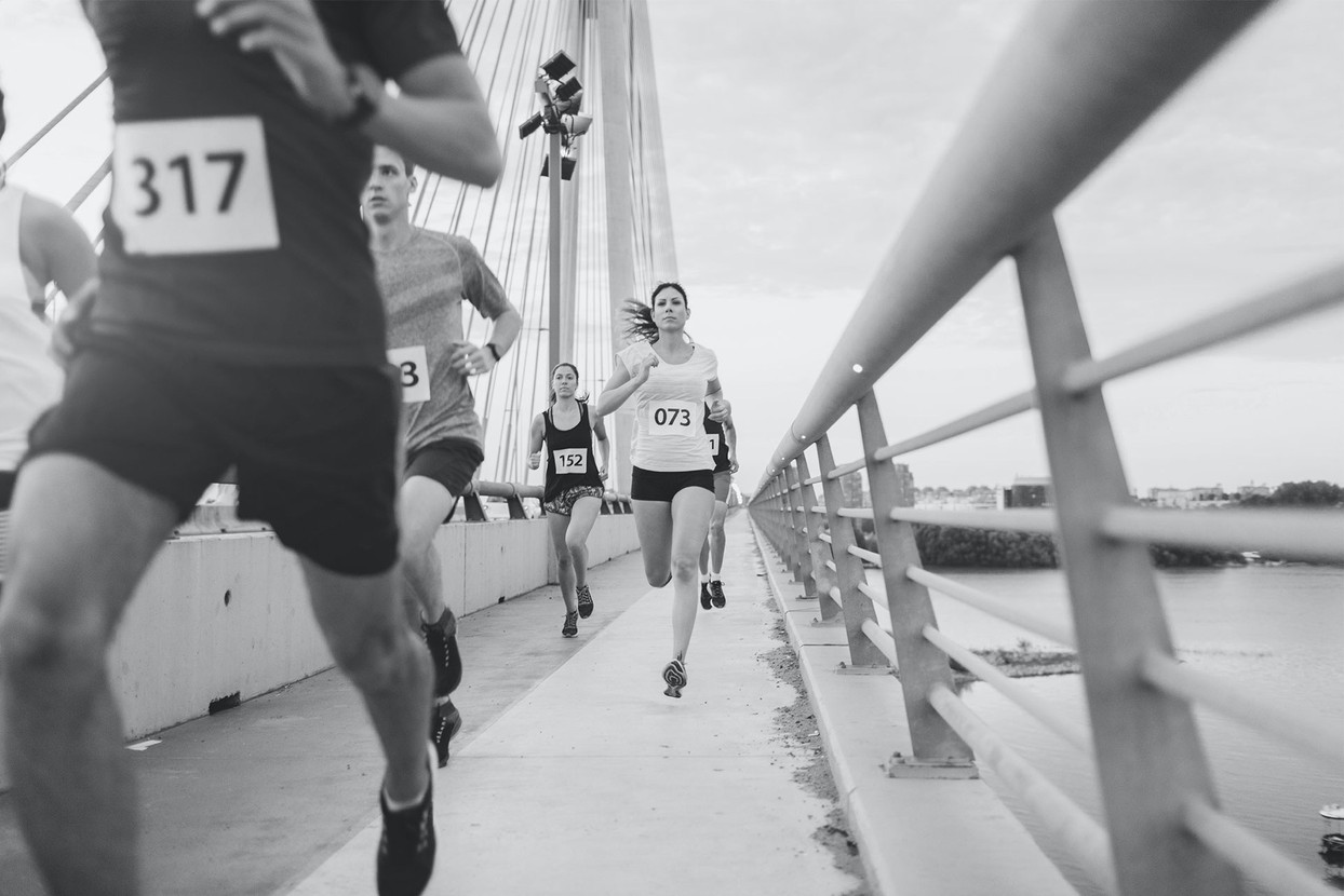 Marathon Runners _edited.jpg