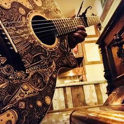 Music is my art, my guitar is art _joz_a