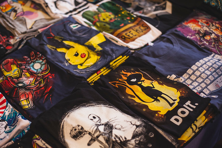 assorted-t-shirts-2294342.jpg