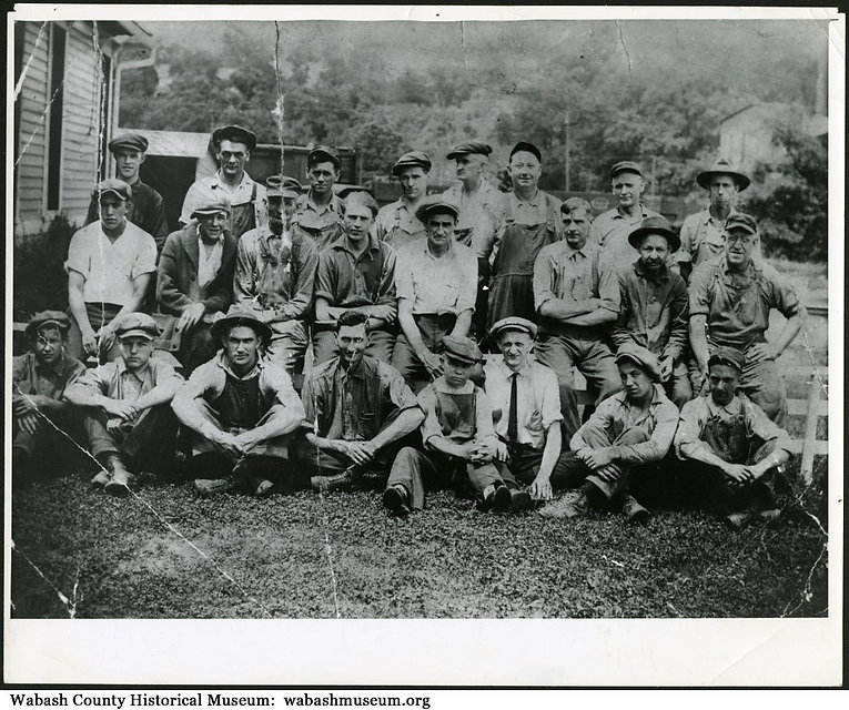 Historic picture of B. Walter workers